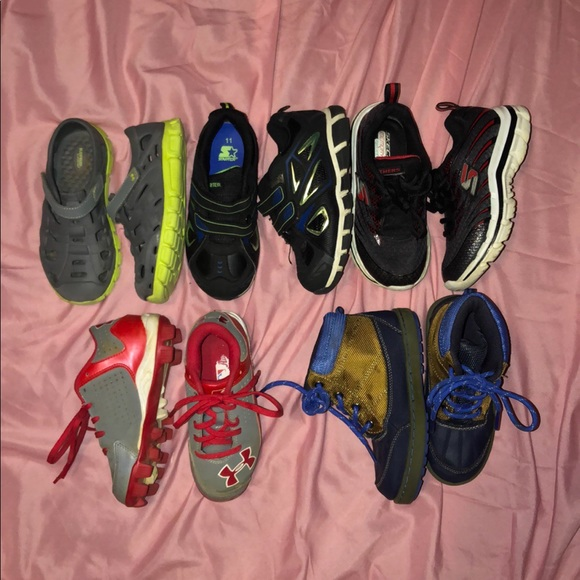 Under Armour Other - Lot of 5 pairs Boys size 11C shoes under armour +